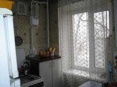 Will sell 2 bedroom comfortable apartment on the Year of Stalingrad